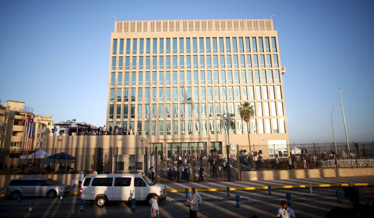 Book Review 'Havana Syndrome': New Theory about Illness Among American Diplomats in Cuba