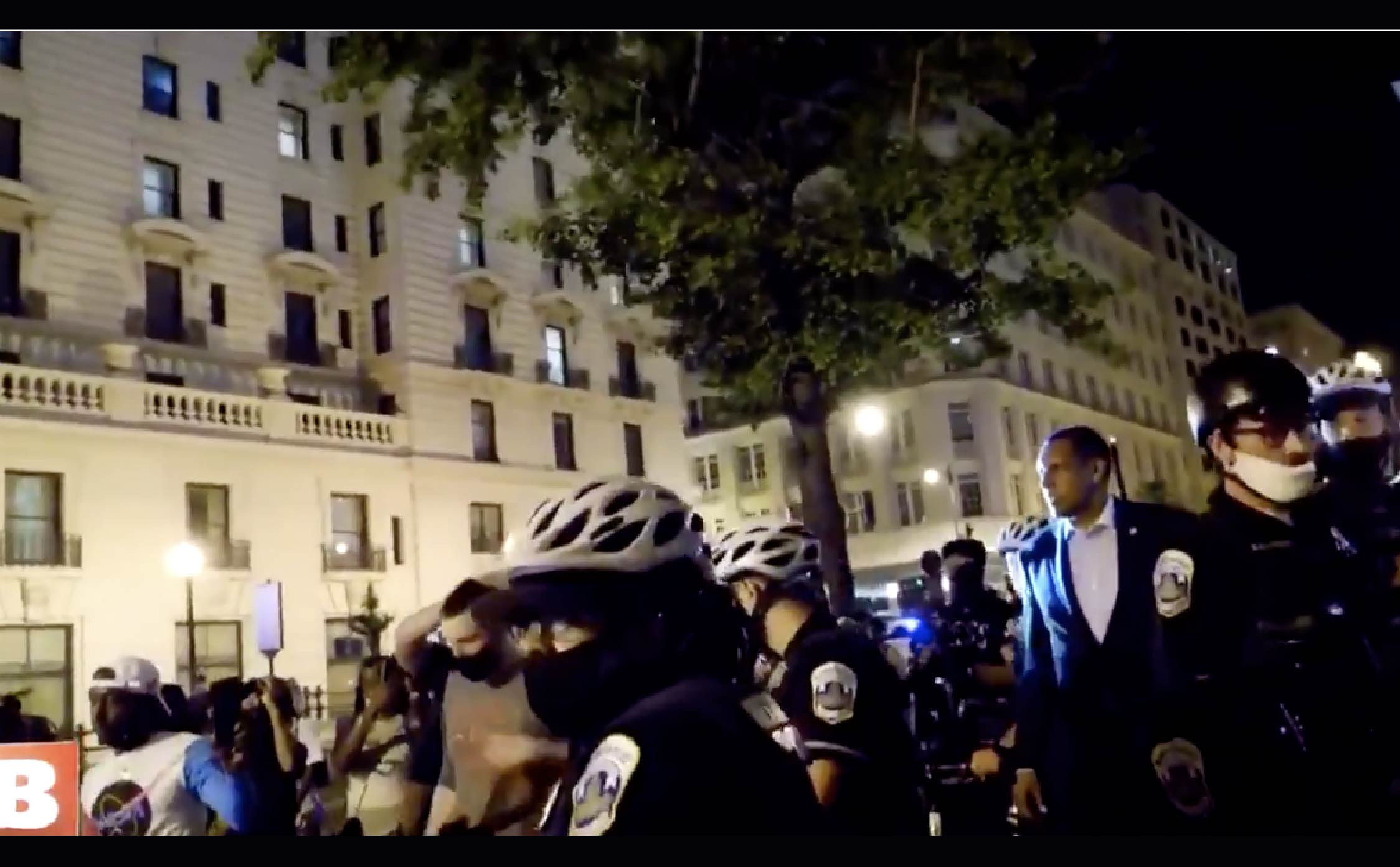 "[VIDEO] DC Police Used Bicycles to Build a ""Barrier"" Between BLM Mob and Rep Vernon Jones to Get Him to Safety"