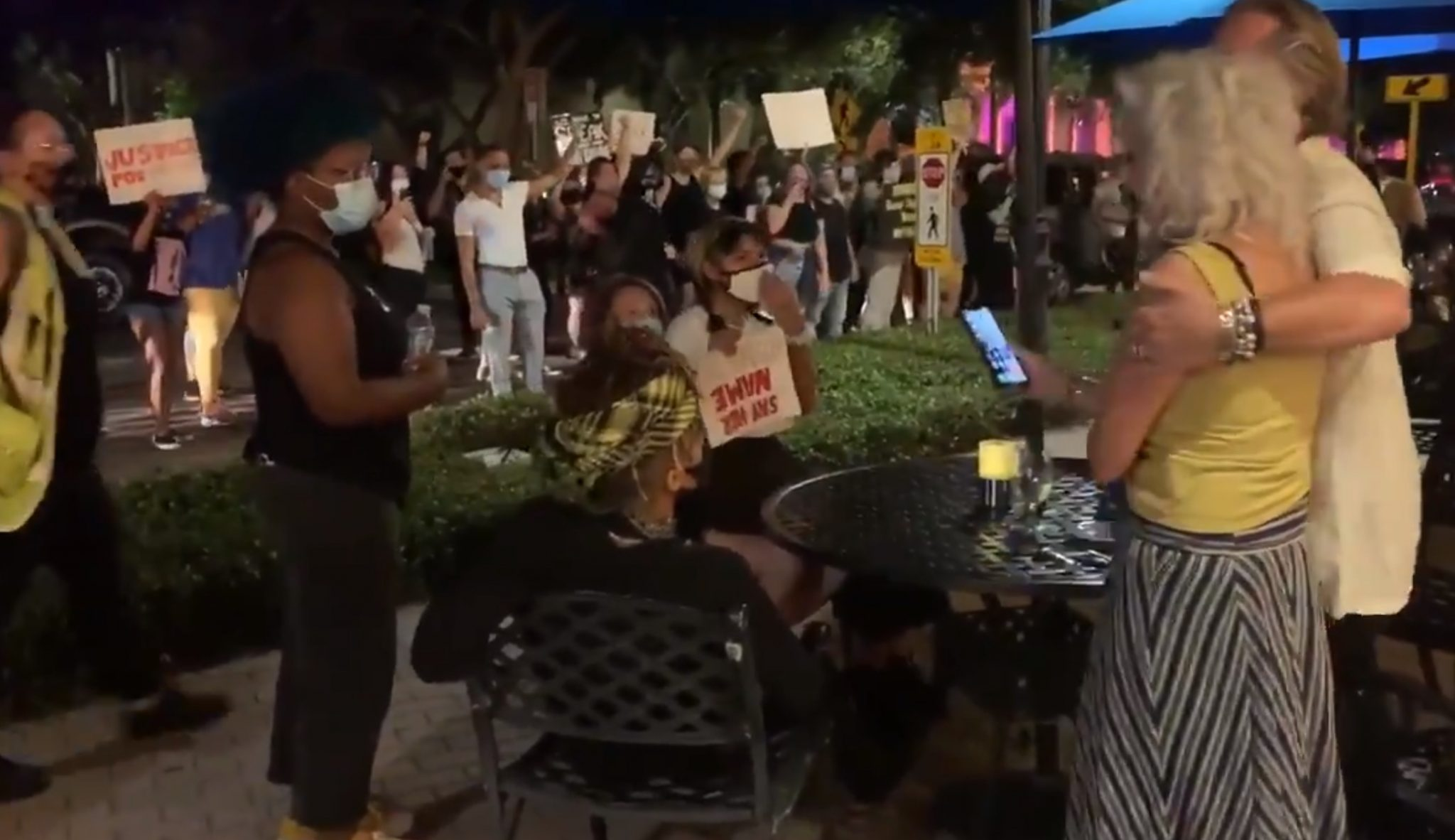 Florida Demonstrators Heckle Diners, Swipe Table From Elderly Couple, Video Shows