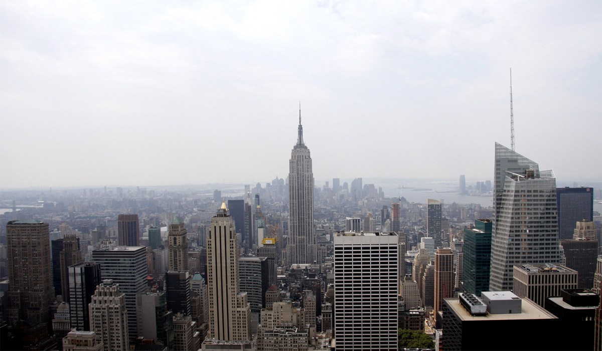 Nearly Half of High-Income New Yorkers Have Recently Considered Moving, New Poll Finds