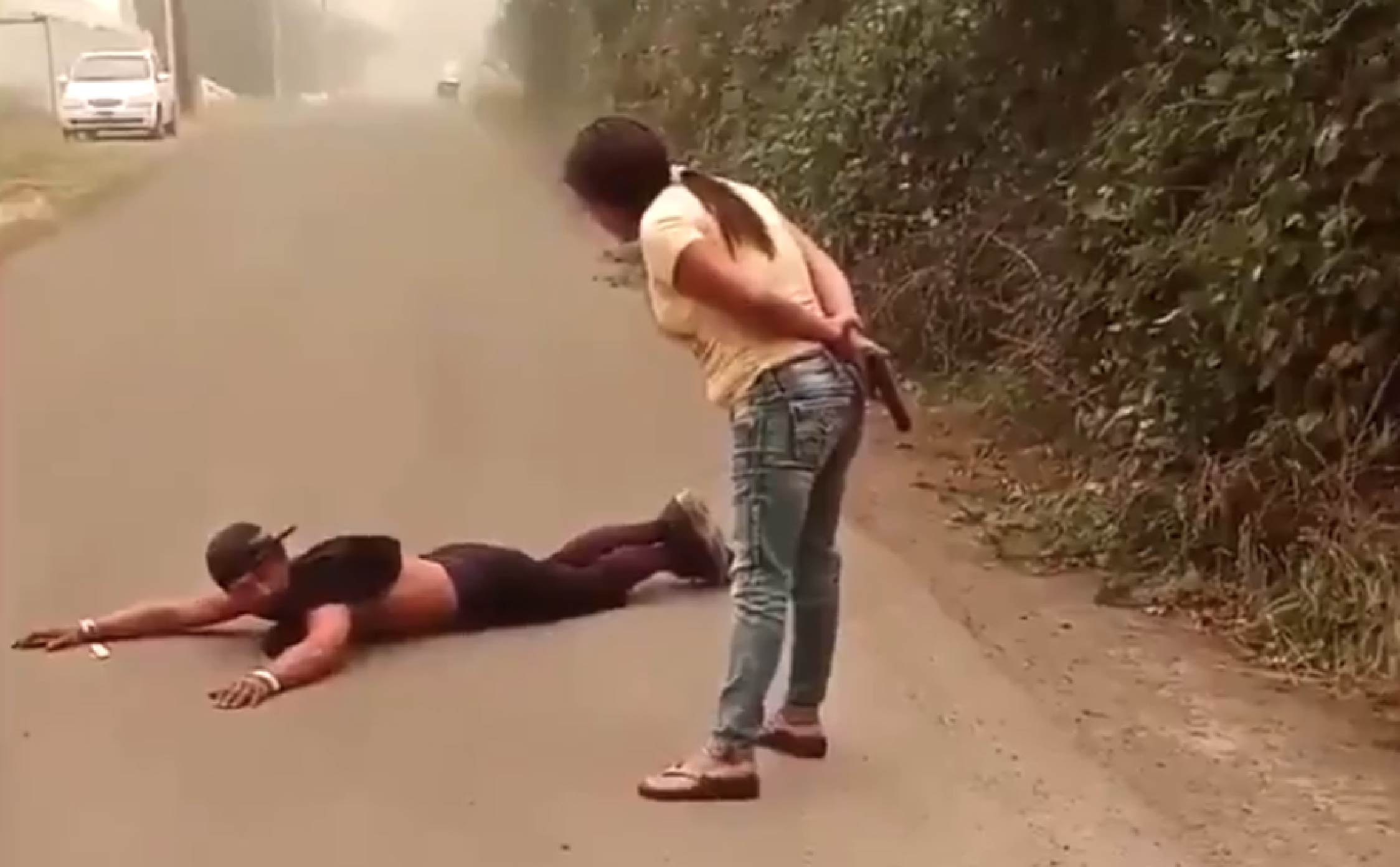 [VIDEO] Brave Woman Stops Her Car And Conducts a Citizen Arrest of Suspected Arsonist in Oregon