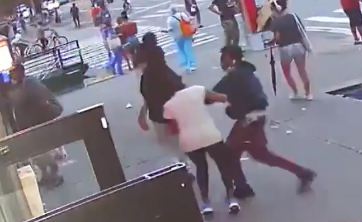 [VIDEO] Teens Brutally Pummel 74-Year-Old Woman in Broad Daylight in de Blasio's New York Crime Den