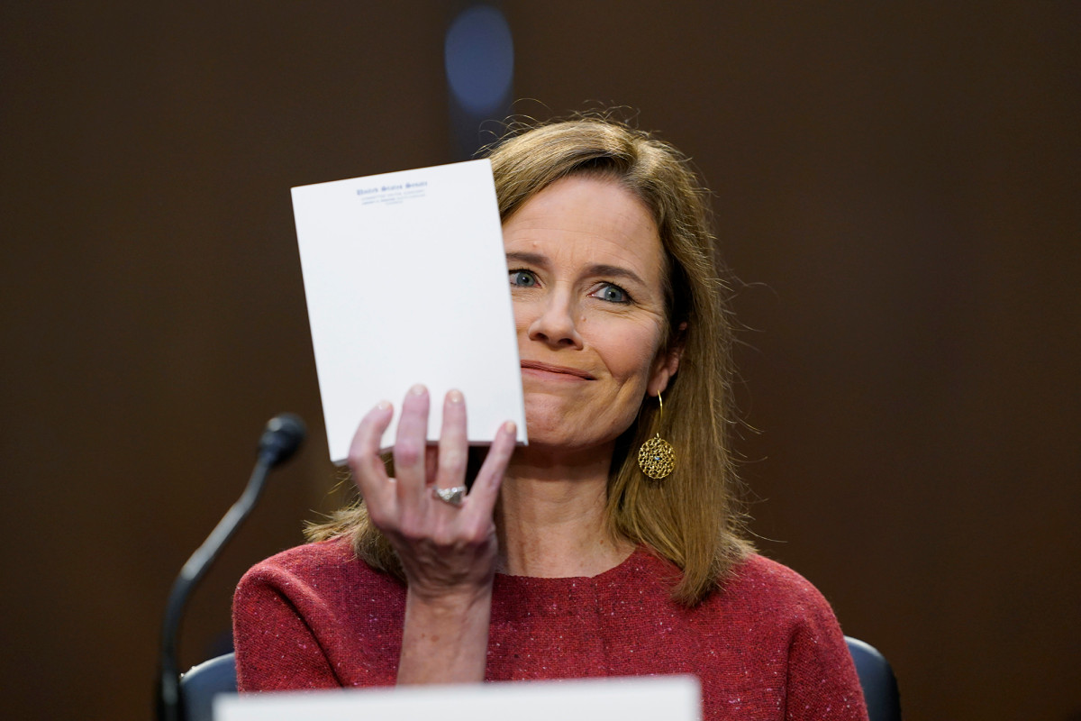Here's How Many Times Democrats Interrupted Amy Coney Barrett During Her Confirmation Hearings |