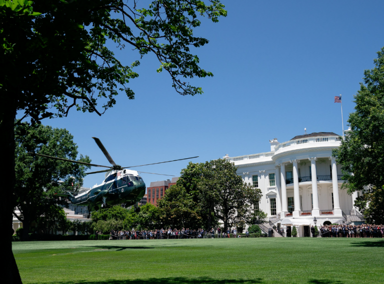 Photo of President Trump to Return to the White House Monday Evening
