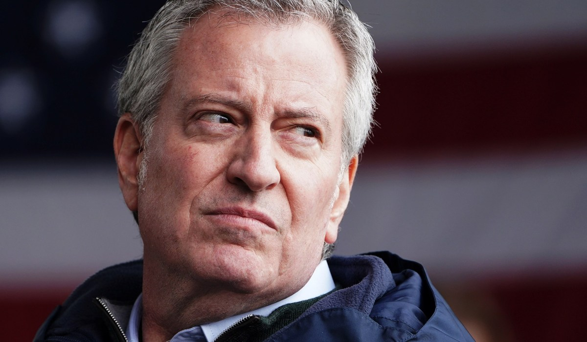 De Blasio Defies State Guidelines, Readies COVID Vaccine for Elderly Residents