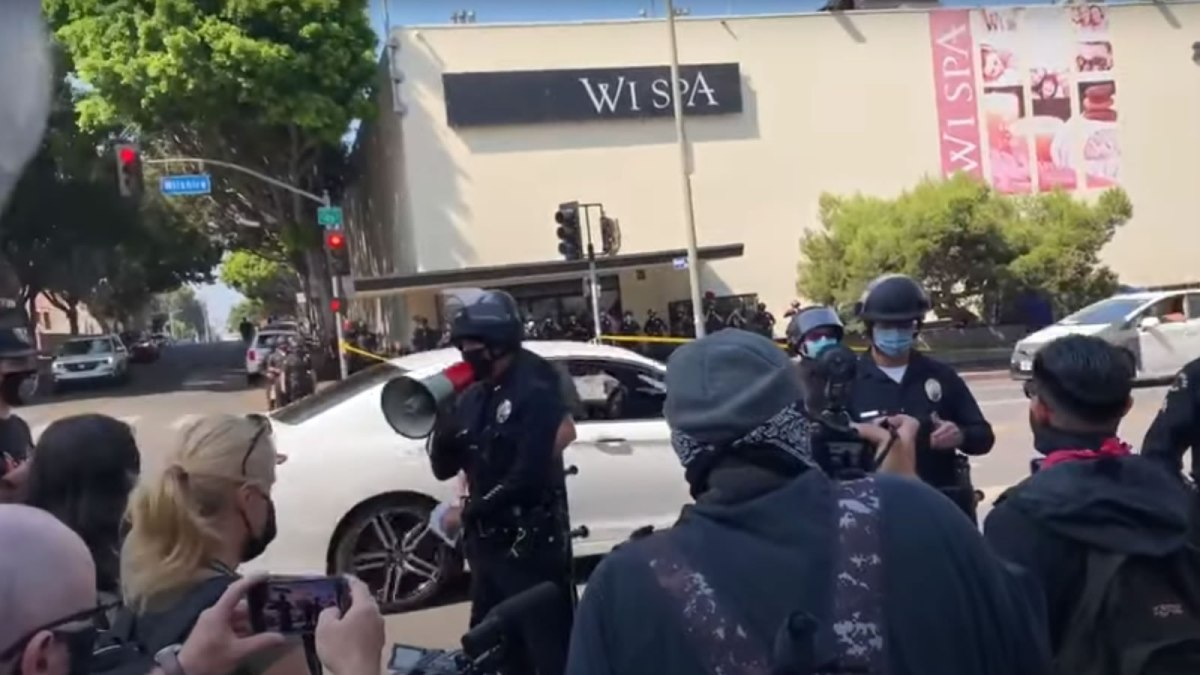 Protests Erupt at Wi Spa in Los Angeles over Transgender Access Policy